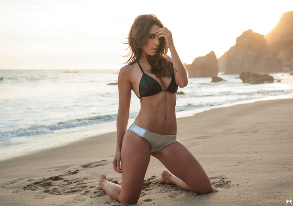 Tianna-Gregory-85
